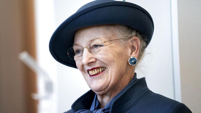 Den danske dronning Margrethe er blevet parodieret et utal af gange - mest kendt er nok Ulf Pilgaard og Preben Kristensens versioner af Majestæten.