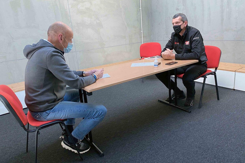 B.T.´s Formel 1-korrespondent og Haas teamchef Guenther Steiner i Portimao.