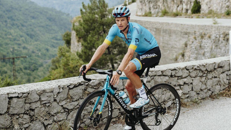 Lige nu har Jakob Fuglsang travlt med at køre Giro d'Italia.