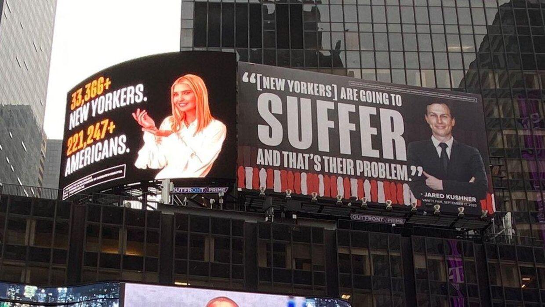Sådan ser den reklame, som Lincoln Poject har hængt op på Time Square i New York, ud.