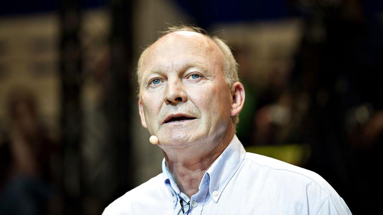 »Vi kan nu konstatere op til flere tilfælde, hvor minkfarmene er smittet med covid-19 meget kort tid efter, at Fødevarestyrelsen har været ude for at kontrollere besætningen,« siger Bæredygtigt Landbrugs formand Flemming Fuglede Jørgensen i pressemeddelelsen.