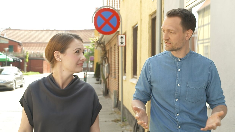 'Luksusfælden's eksperter, Sesilie Munk Stenderup og Kenneth Hansen.