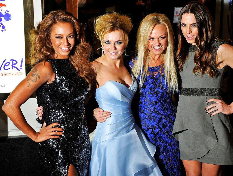 Her er dele af gruppen Spice Girls samlet igen. Det var de også sidste år. Noget, som Melanie C hjalp hende til at forlige sig med dele af sit liv.
