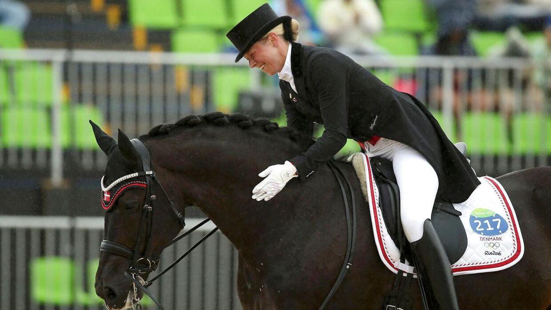 Agnete Kirk Thinggaard bruger – ligesom sin far – mange millioner årligt på hestesport.