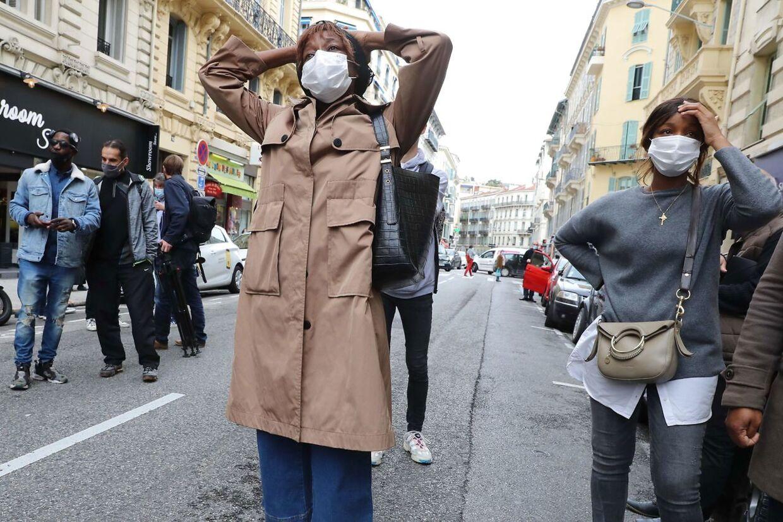 Beboerne i Nice er dybt chokerede over, at byen endnu en gang er centrum for en bestialsk terrorhandling. I 2016 blev 86 personer dræbt, da en terrorist kørte ind i en stor menneskemængde med en lastbil.