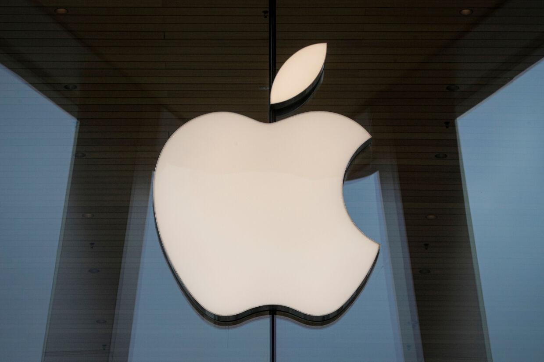 Apple skal betale over 500 millioner dollar i en årelang sag om misbrug af patenter, beslutter nævningeting. (Arkivfoto) Brendan Mcdermid/Reuters