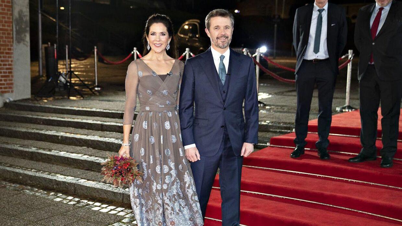 Så er Kronprins Frederik og Kronprinsesse Mary ankommet til Kronprinsparrets Priser på musik- og teaterhuset Værket i Randers, lørdag den 31. oktober 2020.. (Foto: Henning Bagger/Ritzau Scanpix)