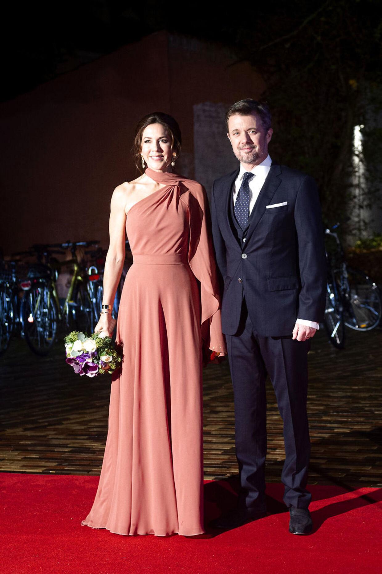 Kronprinsparret da de ankom til 'Kronprinsparrets Priser' 2. november 2019..