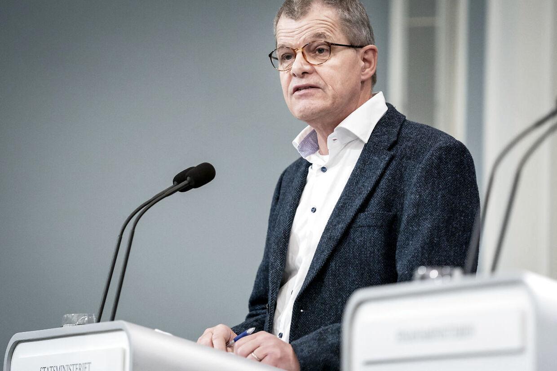 Faglig direktør i Statens Serum Institut Kåre Mølbak under pressemøde om corona i Spejlsalen i Statsministeriet på Christiansborg, fredag den 23. oktober 2020.