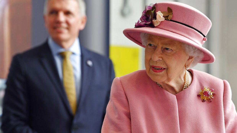 Dronning Elizabeth under sin seneste officielle optræden – uden mundbind.