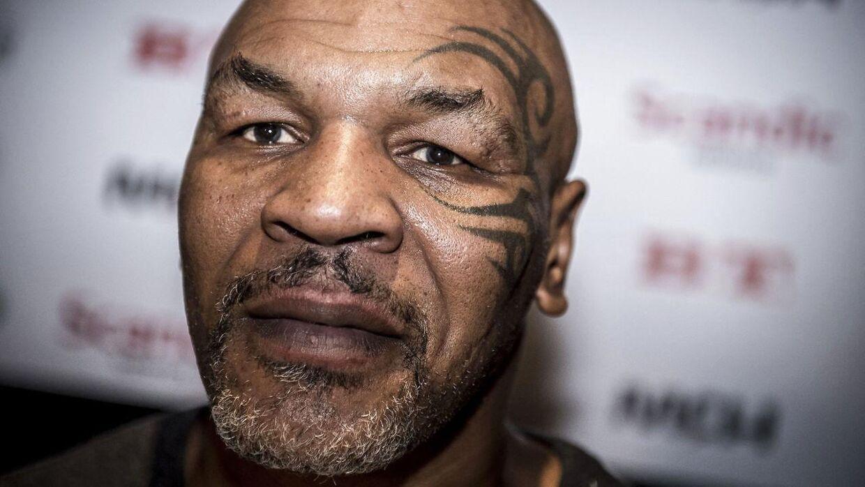 Mike Tyson uddyber nu, hvordan han har snydt dopingkontrollen.