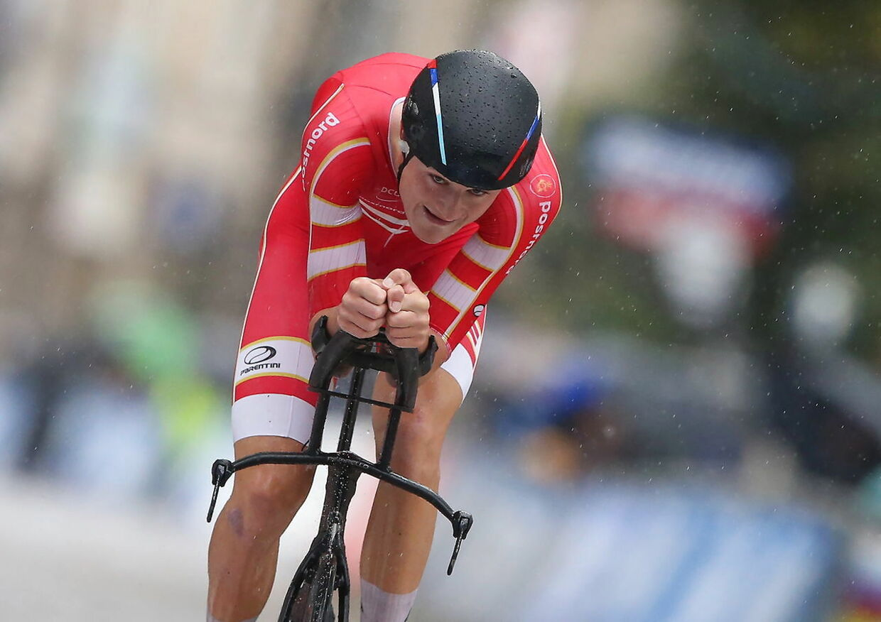 epa07866166 Mathias Norsgaard Jorgensen of Denmark competes in the Men Under 23 Individual Time Trial during the UCI Road Cycling World Championships in Harrogate, Britain, 24 September 2019. EPA/Nigel Roddis