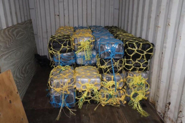 De 2.353 kilogram kokain blev fundet i en container på de Britiske Jomfruøer.