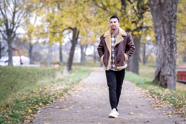 Gustav Salinas, tidligere realitystjerne, ejer af FitnessNu, der tilbyder træningsprogrammer og en sundere livsstil til folk på nettet.