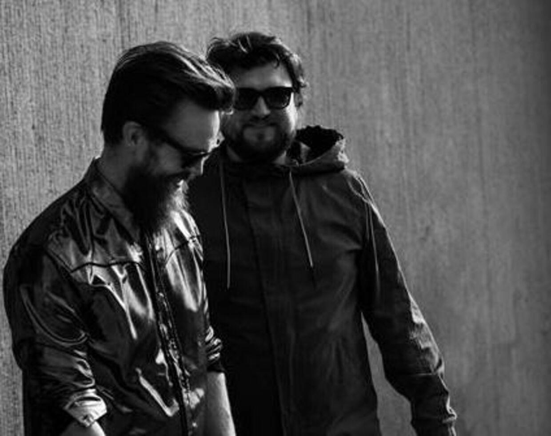 Tilsammen udgør Jesper Vindberg og Thomas Albrechtsen bandet 'She's a Sailor' fredag udkommer albummet 'Do You Want Us to Play'