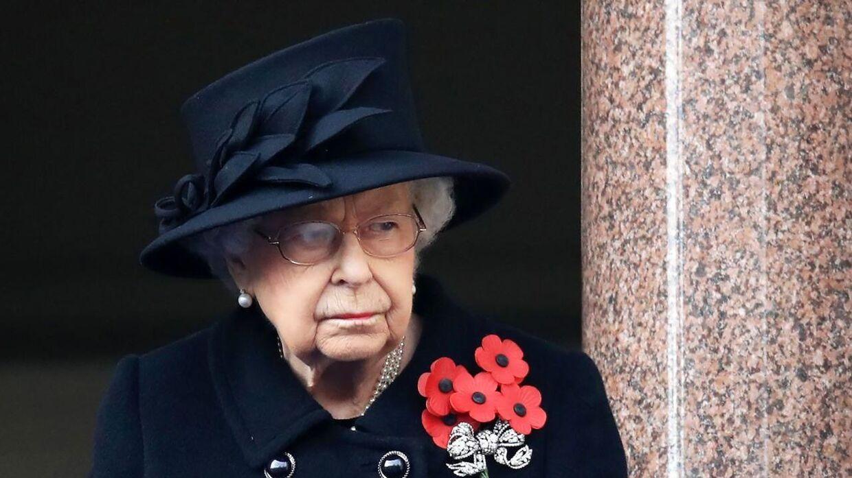Dronning Elizabeth blev erklæret død mandag, men det er hun altså ikke. (Photo by Aaron Chown / POOL / AFP)