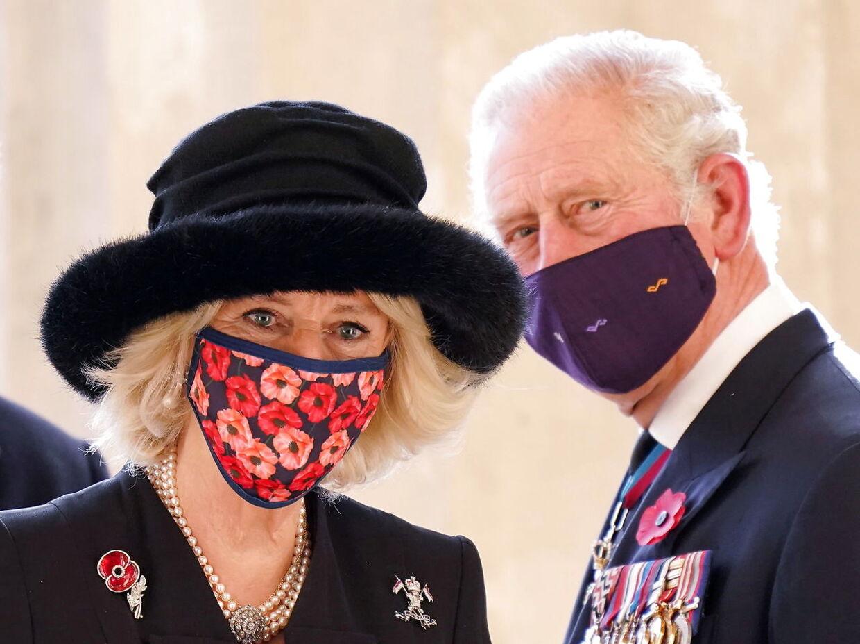 Prins Charles og Camilla, hertuginde af Cornwall, under et besøg i Tyskland i denne uge. Foto EPA/SEAN GALLUP / POOL