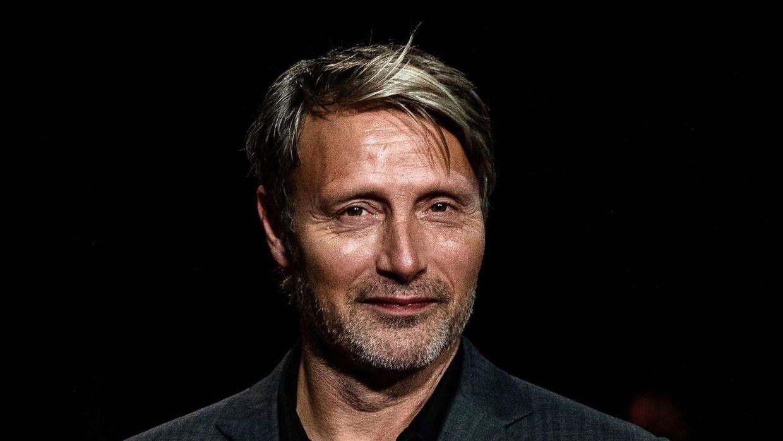Mads Mikkelsen er aktuel i den nye film 'Retfærdighedens ryttere'.