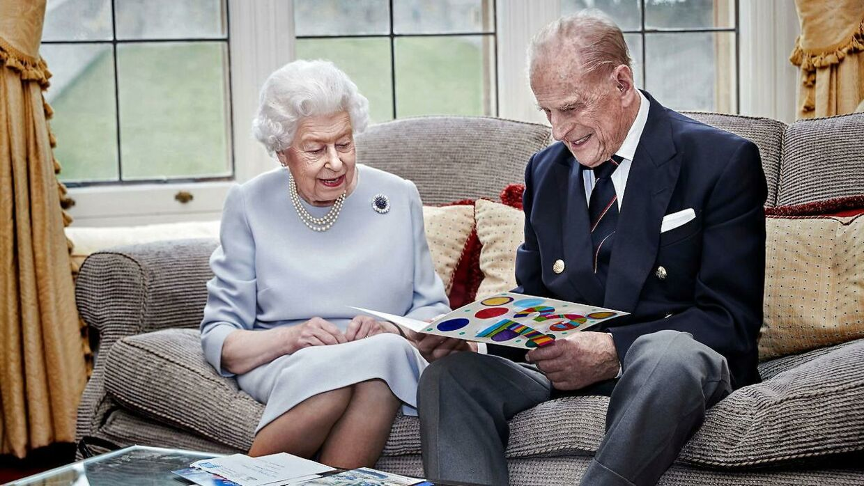 Dronning Elizabeth og prins Philip fotograferet tidligere på ugen.