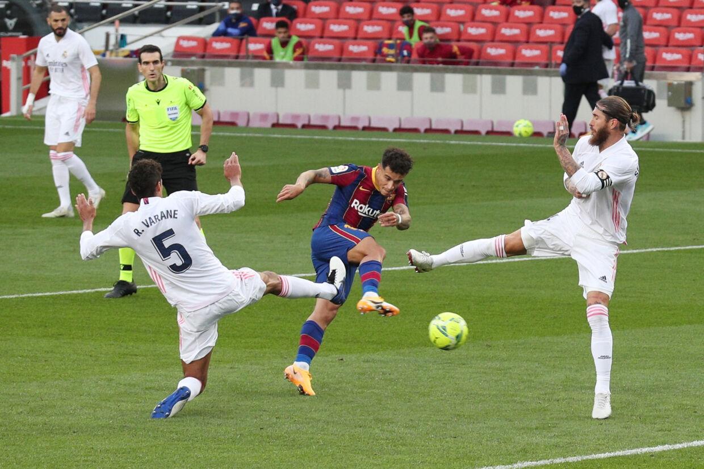 I 2018/19-sæsonen, der ikke var influeret af coronavirus, deltog Philippe Coutinho i 70 betydende kampe - 54 for FC Barcelona og 16 for Brasilien. Albert Gea/Reuters