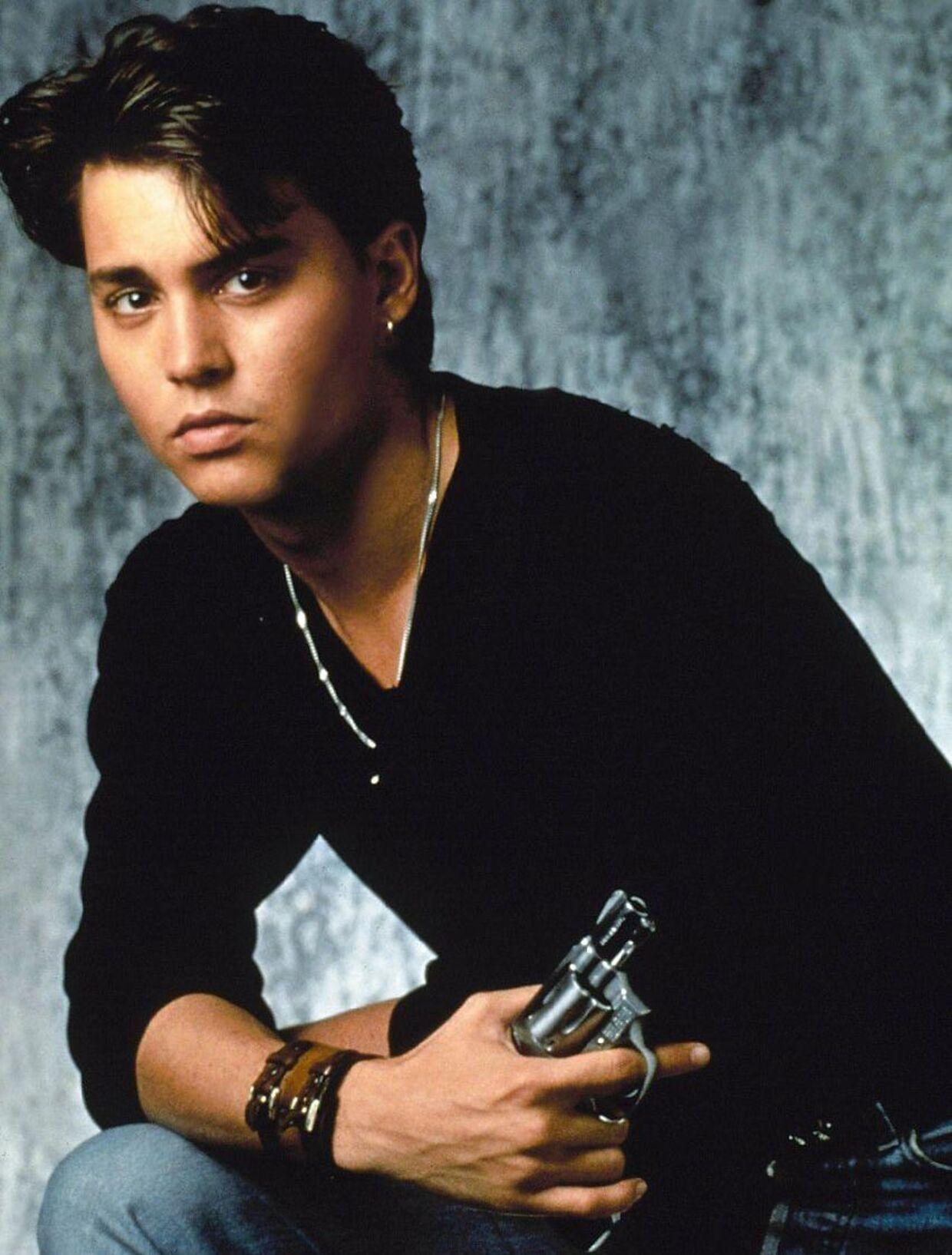 Ung og smuk: Johnny Depp her fotograferet i 1987 i forbindelse med premieren på '21 Jump Street'.