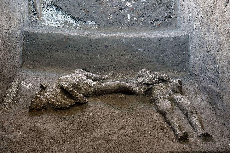 Nye udgravninger afslører yderligere to ofre i Pompeji.