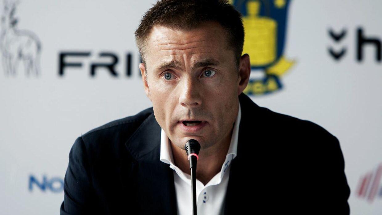 Ifølge Jesper Nielsen er han tit i kontakt med Brøndbys bestyrelsesformand og storaktionær, Jan Bech.