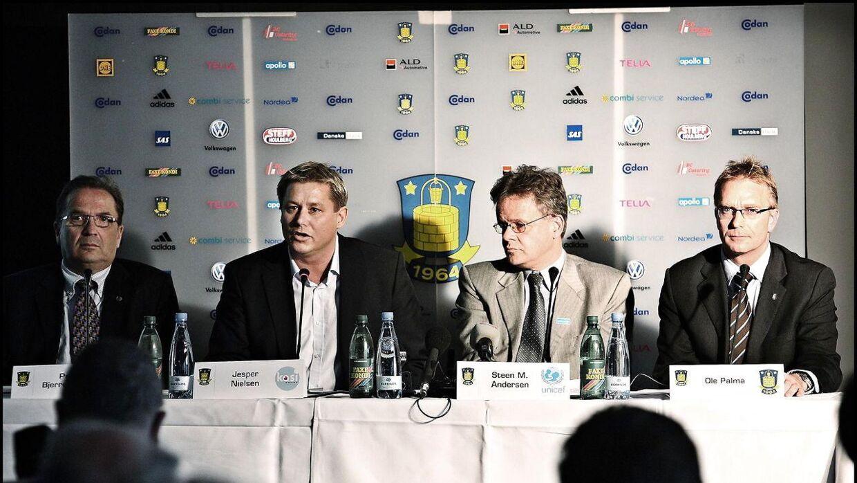 I 2008 gik Kasi Group ind i Brøndby som storsponsor på en femårig aftale, der aldrig løb til ende. Kasi var ude af Brøndby i 2010. Og stadig i 2020 mener klubben at have penge til gode for sponsoratet.