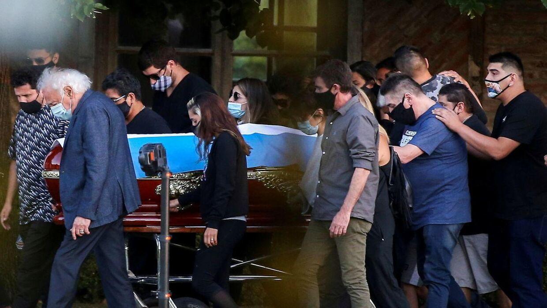 Diego Maradona blev begravet torsdag i Argentina.