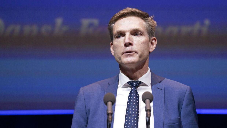Kristian Thulesen Dahl holder sin tale på årsmødet. Dansk Folkeparti afholder sit 25. årsmøde lørdag den 28 november 2020 i Odeon Odense.. (Foto: Claus Fisker/Ritzau Scanpix)