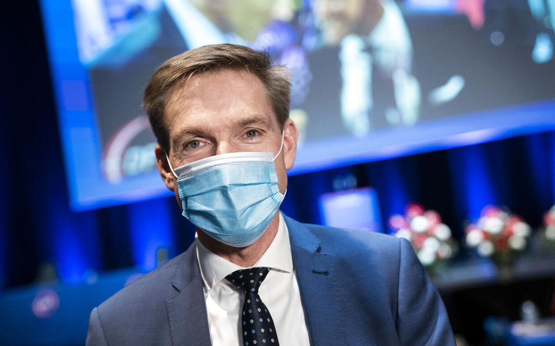Kristian Thulesen Dahl forstår ikke, hvorfor regeringen kun forhandler med rød blok om en ny epidemilov.