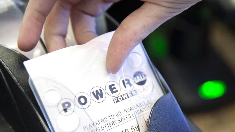 Det er i det sydafrikanske Lotto-spil 'Powerball', der har været nogle meget specille tal.