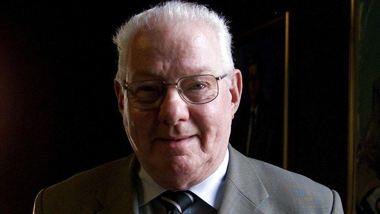 Tidligere minister Kaj Ikast er død.