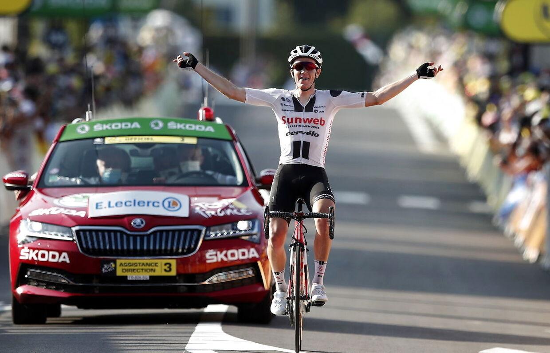 Ikke bare en, men to sejre! Søren Kragh Andersen moste også al konkurrence på 19. etape af Tour de France. Vanvittigt imponerende.