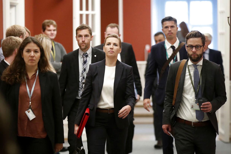Mette Frederiksen er formand for udvalget, hvor mink-beslutningen blev taget.