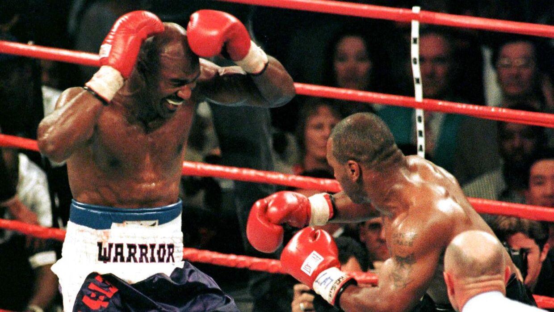 Evander Holyfield har endnu ikke tabt til Mike Tyson i karrieren.