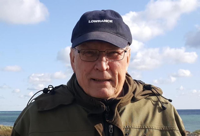 Sådan ser Bjarne Schou ud, når han er frisk og nyder livet som fisker. Til januar skal det vurderes om strålebehandlingen virkeligt har stoppet kræften, eller den er vendt tilbage. Foto: Kræftens Bekæmpelse.