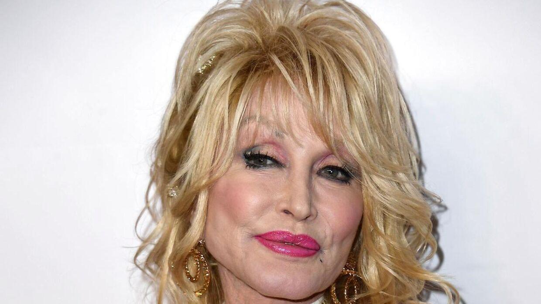 Dolly Parton er aktuel i den nye julefilm på Netflix.