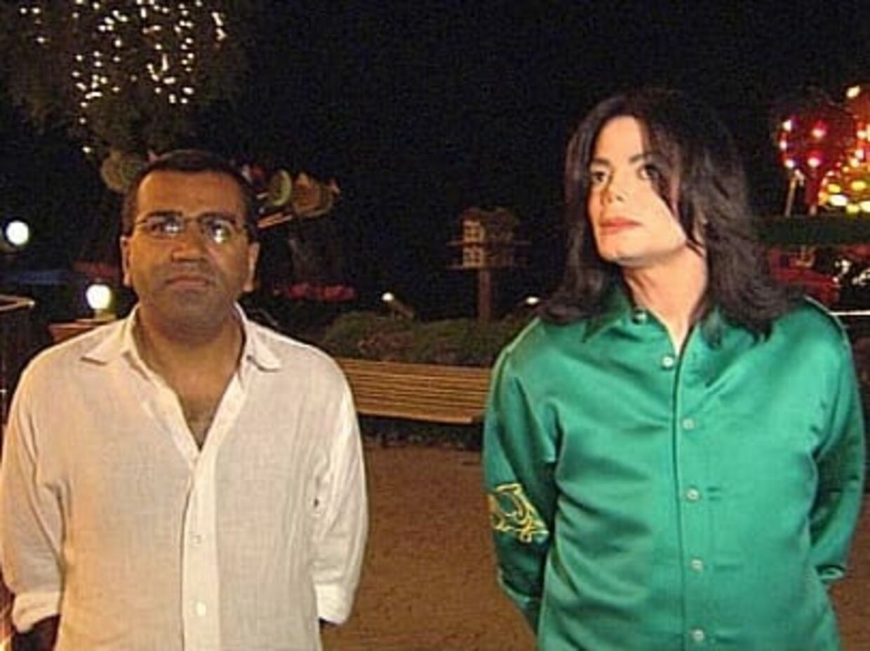 Martin Bashir og Michael Jackson - under interview foran Jackson hjem, 'Neverland'