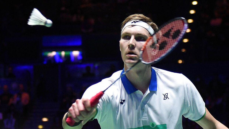Viktor Axelsen under All England-finalen i marts.