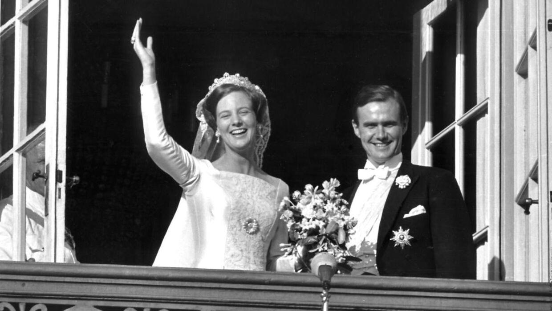 Prins Henrik havde det svært med, at hans rolle som Dronningens mand ikke var klart defineret. Det hører man ham fortælle i en ny dokumentar.