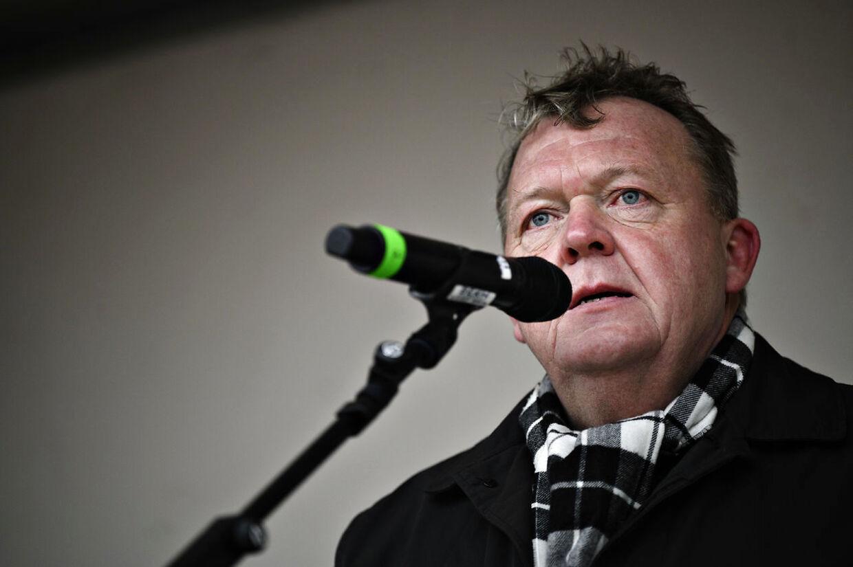 Selv om hans rolle i Venstre var symbolsk, så skyggede Løkke ofte for Jakob Ellemann-Jensen. Både i klummer i B.T., eller når han talte i offentligheden.