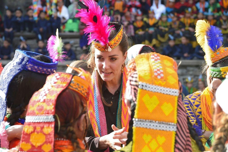 Hertuginde Kate er tidligere blevet beskrevet som lidt kedelig. Men de seneste år er hun trådt mere i karakter - som her under et besøg i Pakistan i 2019.