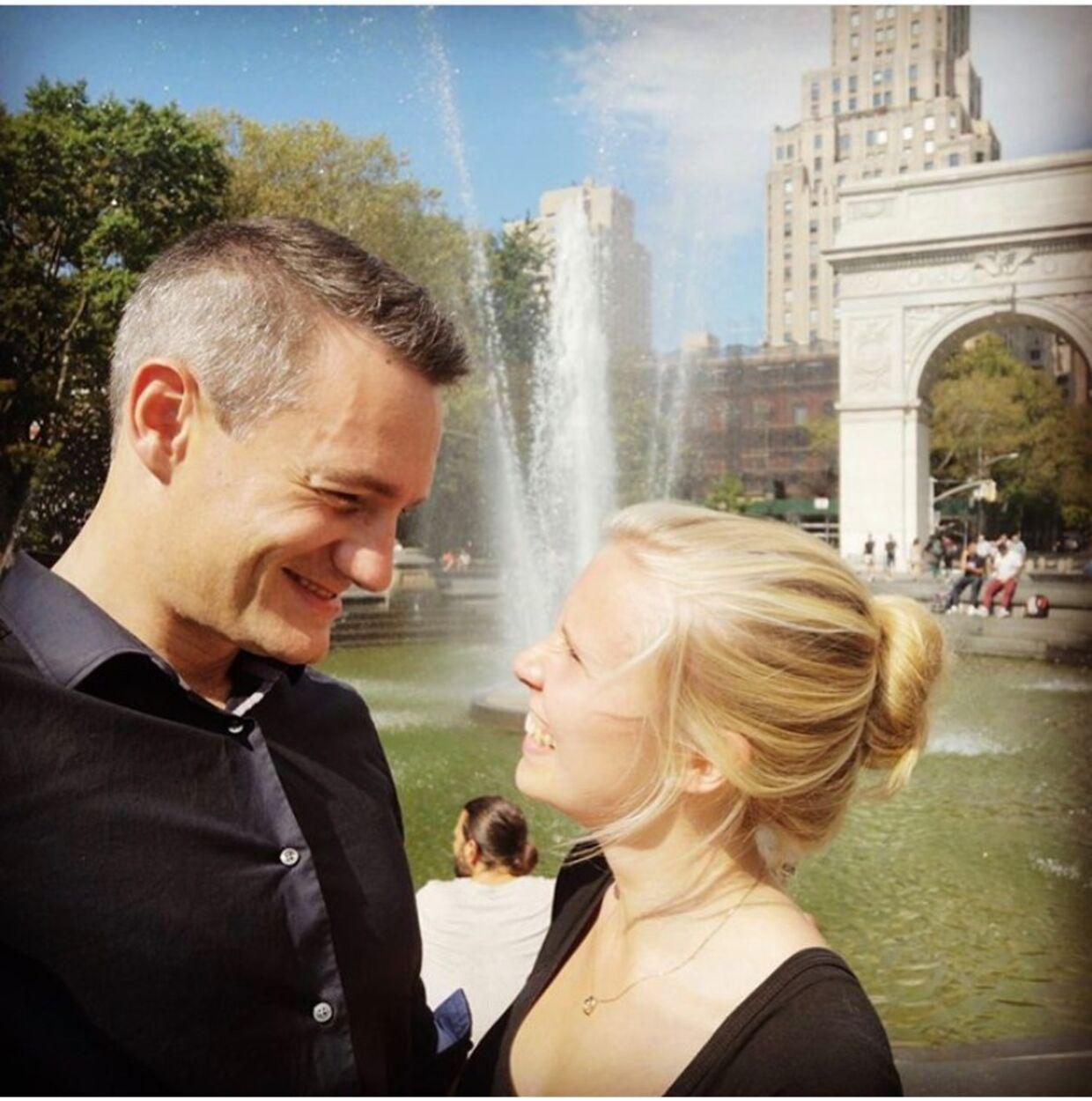 Rasmus Jarlov og Julie i Washington. »Hun er det mest gavmilde og smukke menneske, jeg har mødt,« siger Rasmus Jarlov. Privatfoto.