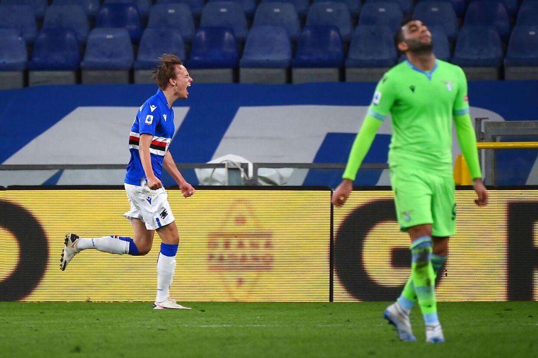 Mikkel Damsgaard fejrer her en scoring mod Lazio.