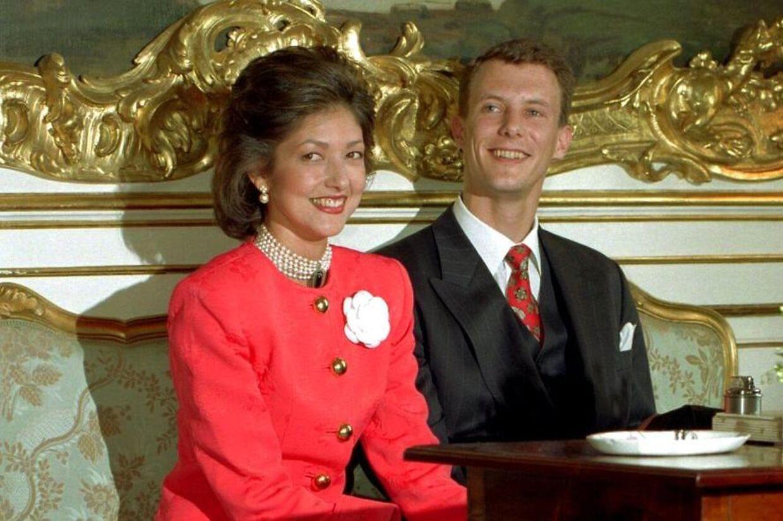 Alexandra Christina Manley og Prins Joachim ses her som nyforlovede.
