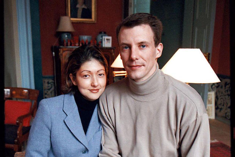 En ung prins Joachim og prinsesse Alexandra.