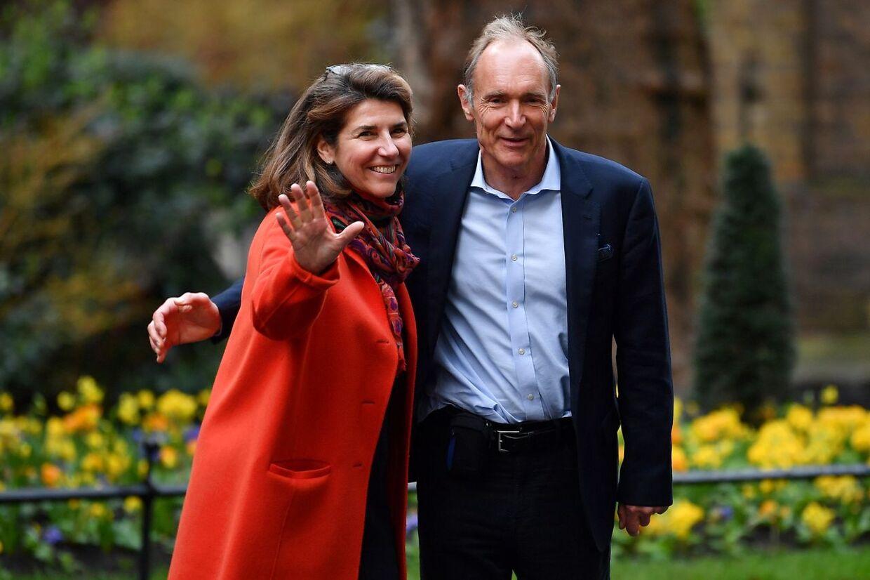 Opfinderen af World Wide Web, sir Tim Berners-Lee (tv) sammen med sin kone Rosemary.