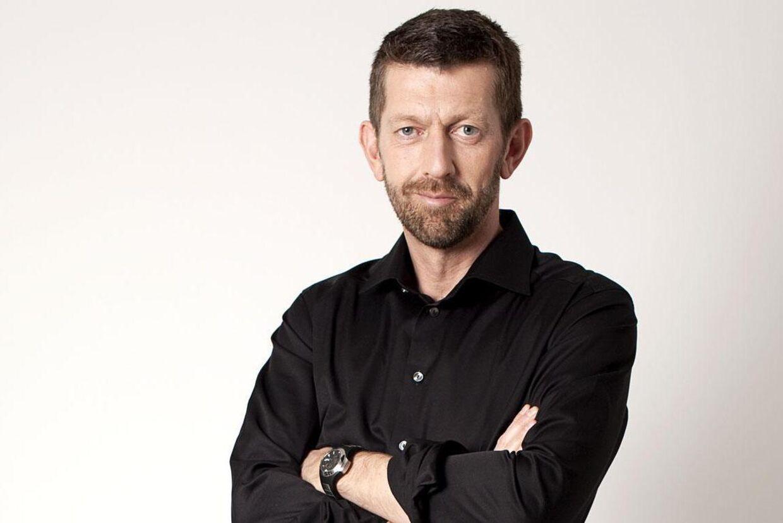 Peter Brüchmann, kommentator.