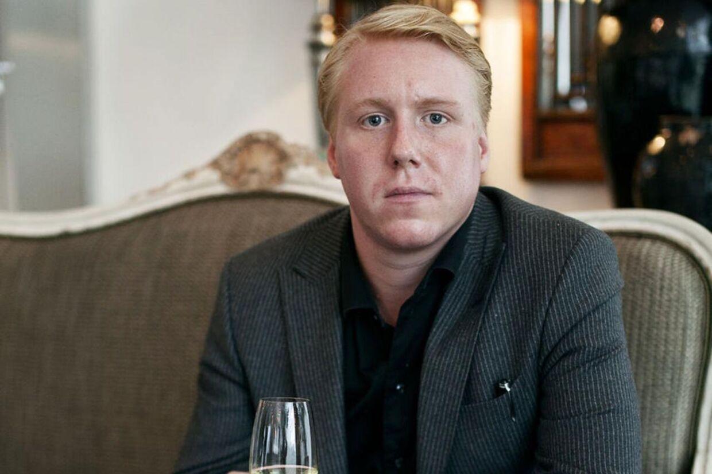 Den champagneglade iværksætter Mads Dinesen får dødstrusler på Facebook.